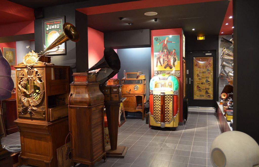 intérieur du phonomuseum 2